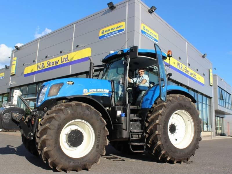 new-holland-tractors